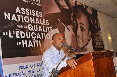 Le Ministre de l'Education Nationale Nesmy Manigat